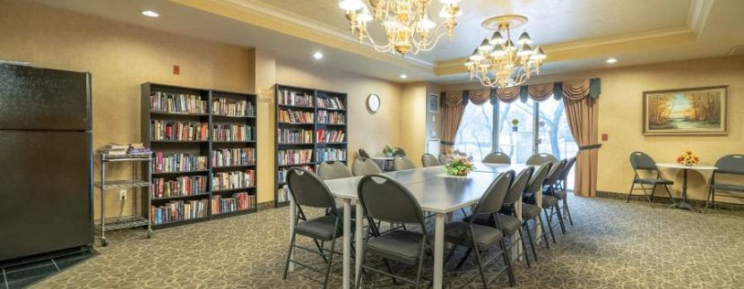304-2085-Amherst-Heights-010