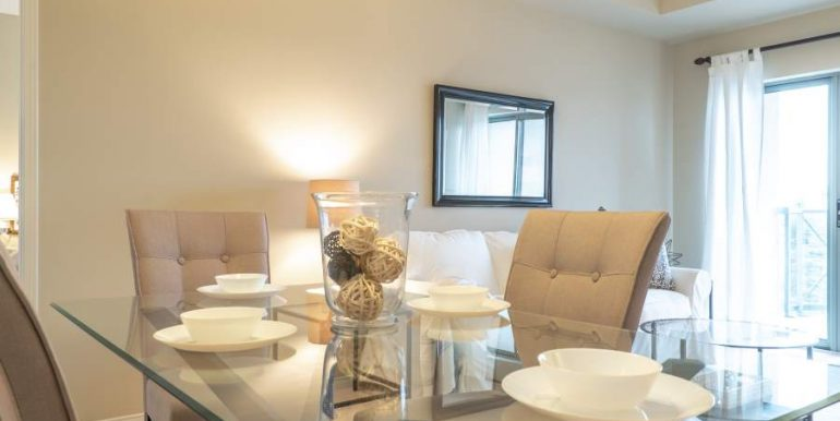 304-2085-Amherst-Heights-021