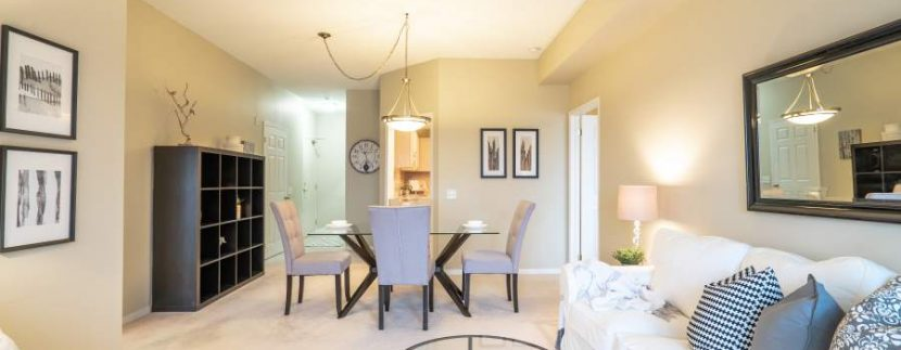 304-2085-Amherst-Heights-023