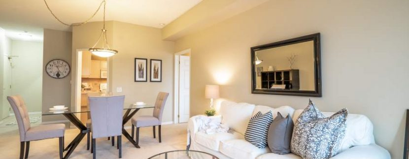 304-2085-Amherst-Heights-024