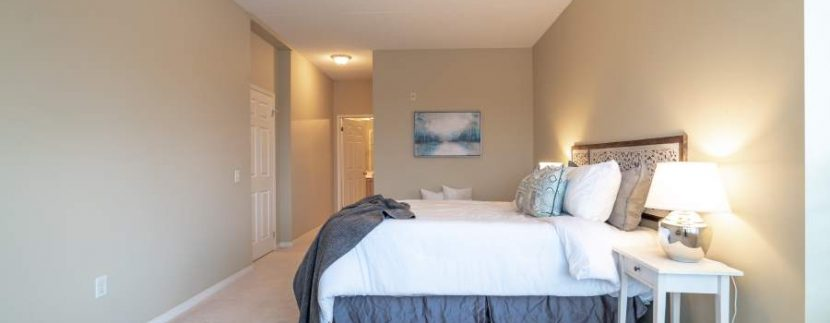 304-2085-Amherst-Heights-043
